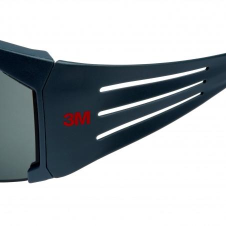 3M™ SecureFit™ SF611AS-EU Occhiali di protezione, montatura grigia, antigraffio, lenti polarizzate grigie in PC