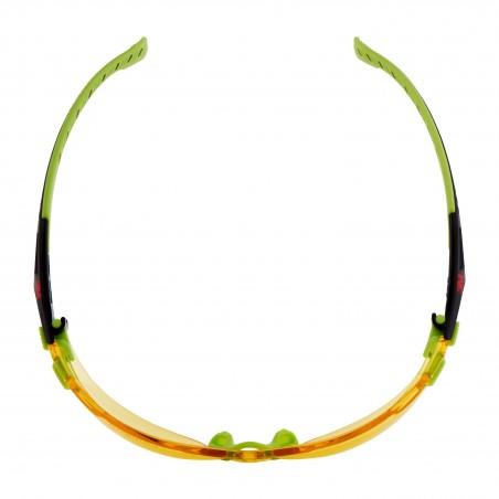 3M™ Solus™ Occhiali di sicurezza, montatura verde/nera, con trattamento anti-appannamento Scotchgard™, lenti ambra, S1203SGAF-EU